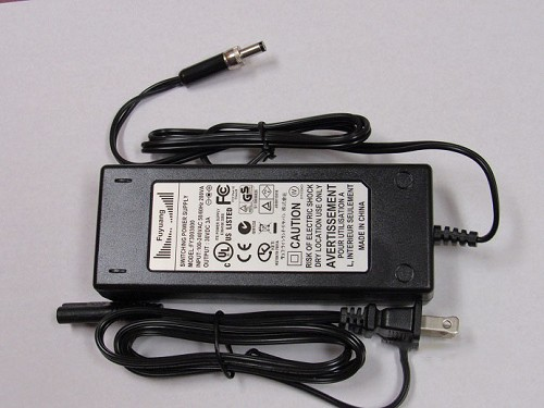 Power Cord - 30 Volt, 2 Amp Power Supply